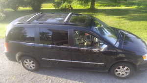 2009 town an country van