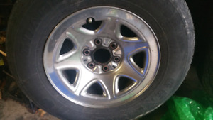 Gm factory 16 in Chrome truck wheels