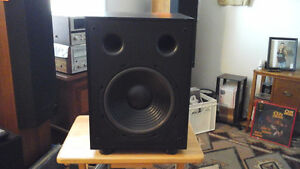 PSB ALPHA SUBSONIC 5 - Powered Subwoofer