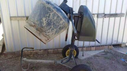 $30 cement mixer hire