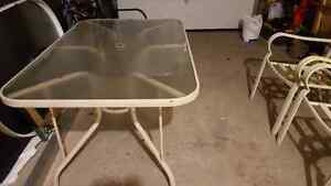 Large table and 4 chairs - patio set Kitchener / Waterloo Kitchener Area image 4