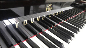 Young Chang Baby Grand Piano For Sale
