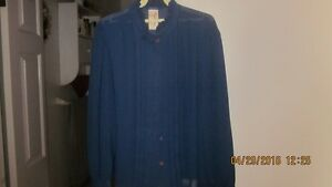 Beautiful women's blouse's Size 16-18 London Ontario image 1