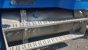 Fuel tank from 1995 Freightliner FLD-120