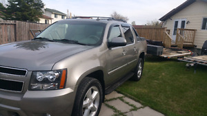 Beautiful 2008 Chevrolet Avalanche LT Leather Remote Starter