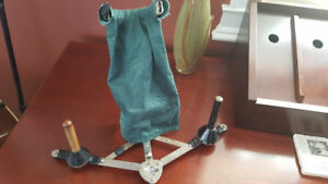 Saxophone Stand, Vintage includes 2 pegs for Clarinet/Flute
