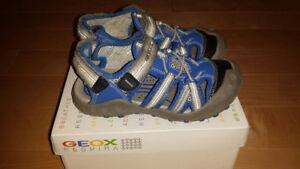 Sandales Geox pointure EUR 29,US 11.