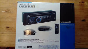 Poste auto radio CD Clarion