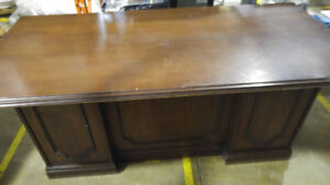 Antique real wood office desk sold as you see it!! NEED GONE