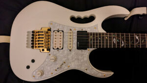 Beautiful Ibanez Jem 7VWH 2005 with Fernandes sustainer
