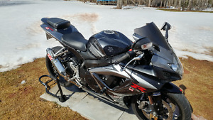 2007 GSX-R 750 and gear. $6800 OBO NO REASONABLE OFFER REFUSED