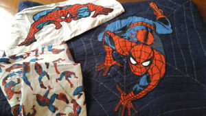 Pottery Barn - Spiderman Quilt and Bed Sheets - Double