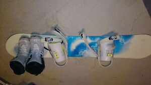 size 6 women's snowboard- good condition Must pick up
