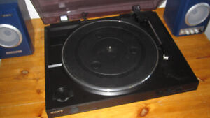 Sony PS-LX300 USB Turntable, Like New
