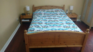 Full/double bed and night tables set