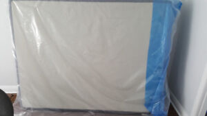 Selling Brand New Unused Queen Size Box Spring MPU
