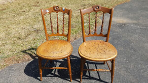 ANTIQUE MATCHING WOOD CHAIRS