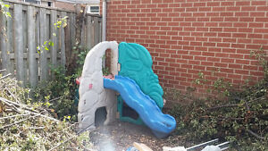 Children's outdoor playset with slide