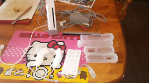 Wii, accesories and 8 games