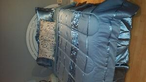 Lit et couvre-lit double
