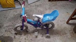 Vélo fille environ 3-4 ans