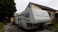 2003 Trail Lite 29ft 5th Wheel Trailer