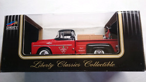 LIBERTY CLASSICS DIECAST CANADIAN TIRE 57 FARGO PICKUP W/BICYCLE