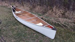 16 Ft Clipper Cascade Canoe (Kevlar)