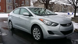 Gorgeous Fully Loaded 2012 Hyundai Elantra only 41000km!