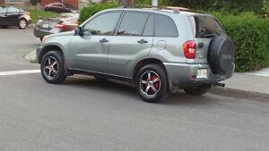 2004 Toyota RAV4 VUS