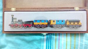 Vintage Trix HO Scale Train set