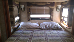 2009 Jayco Fifth Wheel trailer