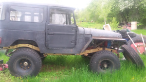 75 fj40 land cruiser mud truck or can be put on road