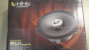 Infinity REF-8602CFX  6x8 / 5x7in  2-Way Car Spkrs-NEW in box