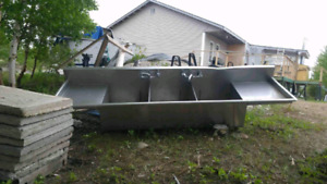 INDUSTRIAL SINK FOR SALE!