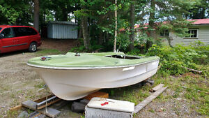 14ft Munroe runabout free