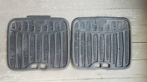 2 Rubbermaid Rear Car Mats Kingston Kingston Area image 1