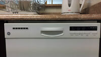 GE Dishwasher - Various functions - Excellent condition