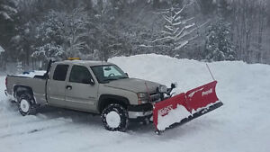 2006 Chevrolet 2500HD 4x4 with Boss V blade