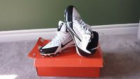Brand new Nikey Football cleats Sz10 - Perfect holiday gift!