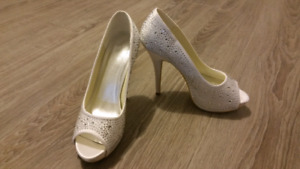 Soulier mariage neuf pointure 39