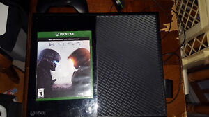 Xbox One 500gb with Halo 5 and 2 controllers 300$ or best offer