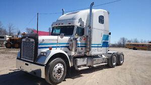 Highway Tractor Freightliner Classic
