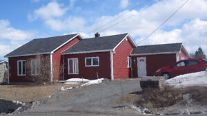 3 Bedroom Bungalo in Blaketown,NL (Close to Long Harbour)