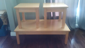 SOLID MAPLE COFFEE TABLE AND MATCHING END TABLES Kitchener / Waterloo Kitchener Area image 2