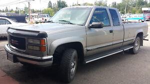 1998 GMC Sierra 2500 Pickup Truck