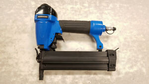 Mastercraft 2-in-1 Air Nailer/Stapler