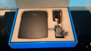 Linksys E1200 N300 Wireless Router