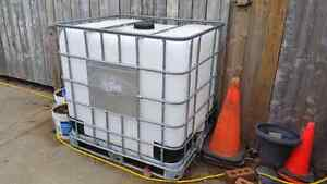 1000 LITRE WATER CONTAINER