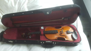 Mint Condition Carlton 4/4 Violin